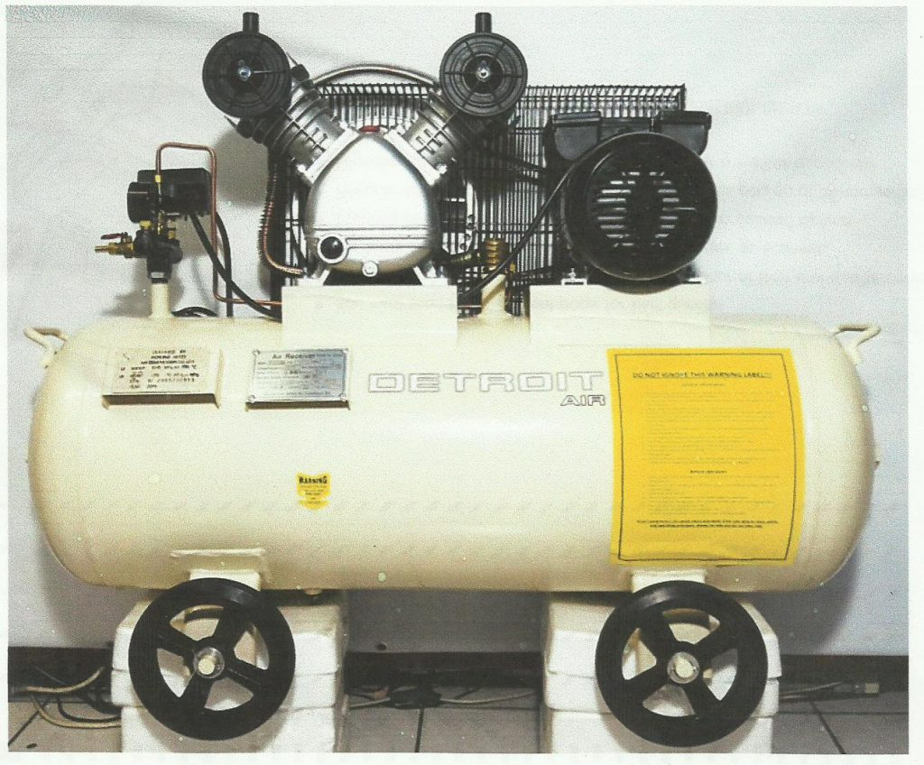 Piston Belt Driven 3 HP/ 2.2 KW Air Compressor.